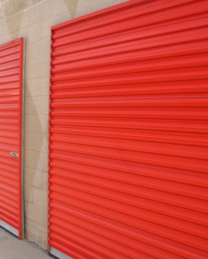 Why are self-storage companies in Spain popular?